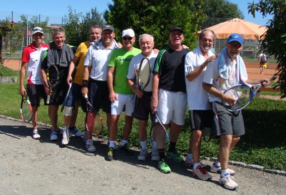 Von links: P. Welschinger, R. Zimmer, Ch. Künstle, H. Breiftfeld, R. Kautzmann, H. Schmidt, H. Frevel, H. Frank, W. Stricker.